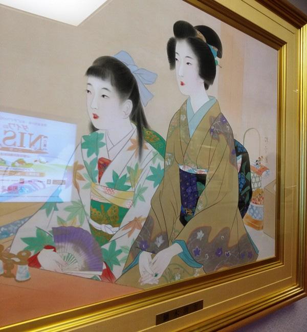 歌舞伎座に飾られている鏑木清方の作品