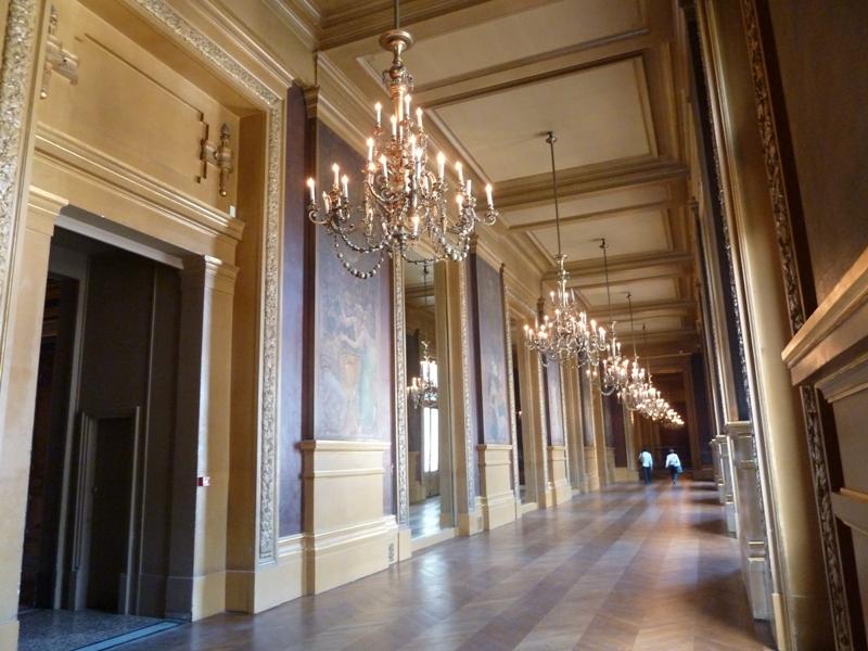 グラシエの廊下